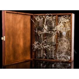 Skrzynka z karafką i sześcioma szklankami - Grawerowane prezenty i dodatki ślubne Grawernia24