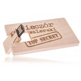 Drewniany pendrive karta...
